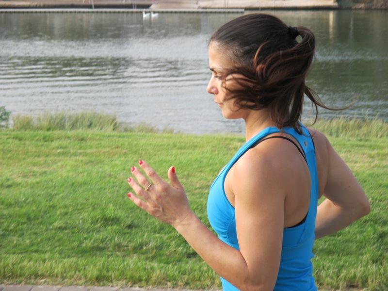 שני מאמנת כושר אישית ריצה